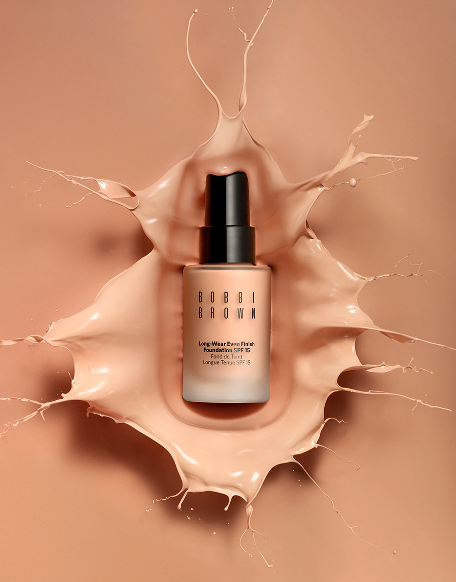 17_015_still_life_photographer_magnus_cramer_cosmetics_texture_beauty_bobbi_brown_foundation